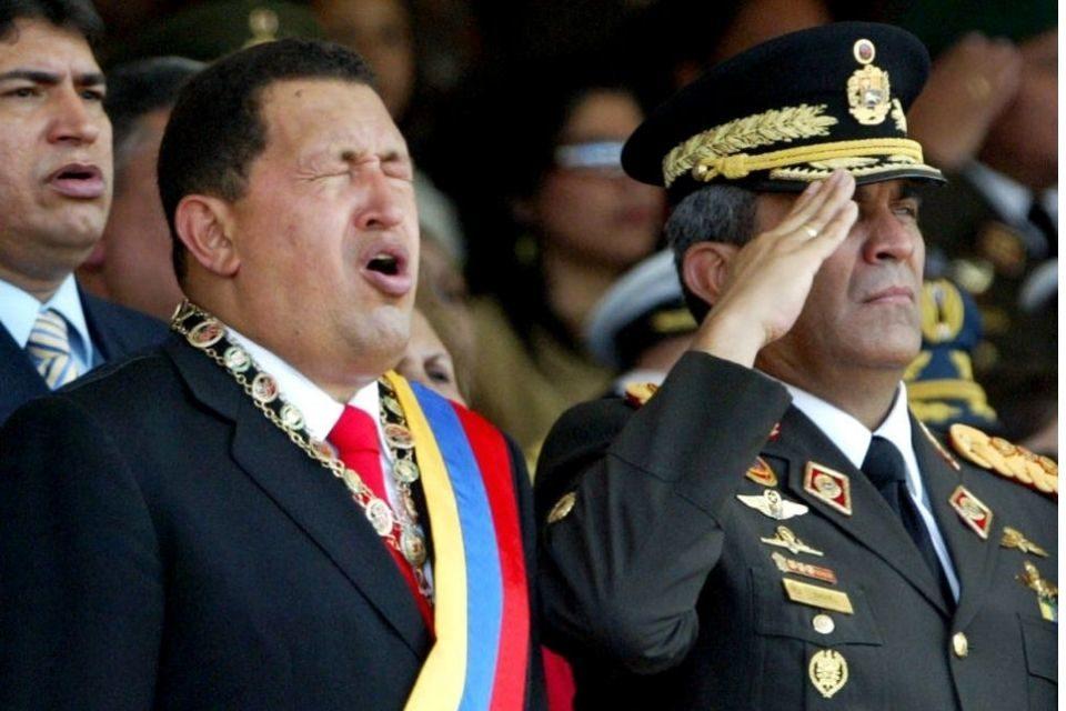 Aunque no impulsará quiebre militar, caso de Baduel es un recado para la FAN